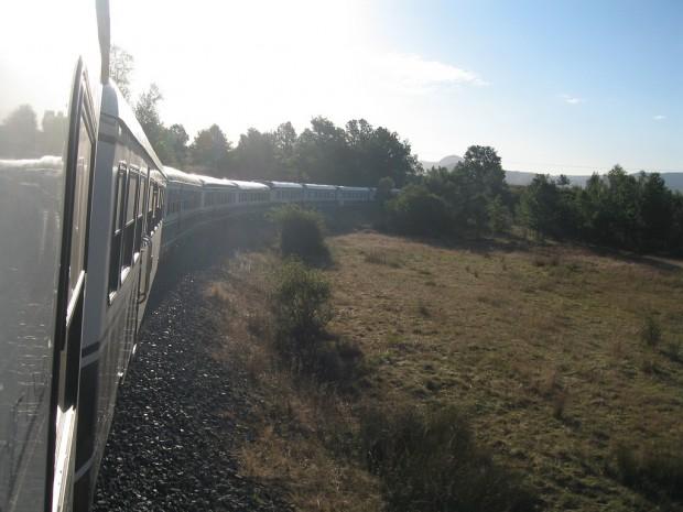 Train_Travel_by_Simon_Pielow_03